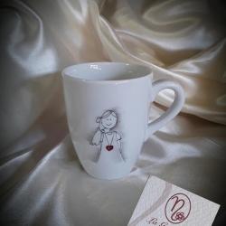Tazza mug ragazza cuore rosso
