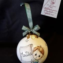 Palla di Natale con bimbo e pergamena