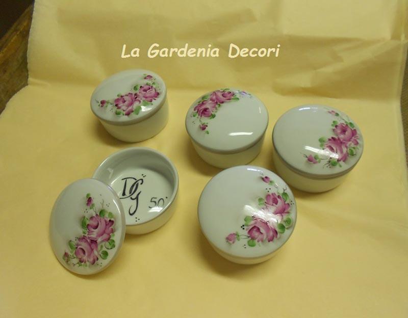 Bomboniere in porcellana decorate a mano personalizzate la